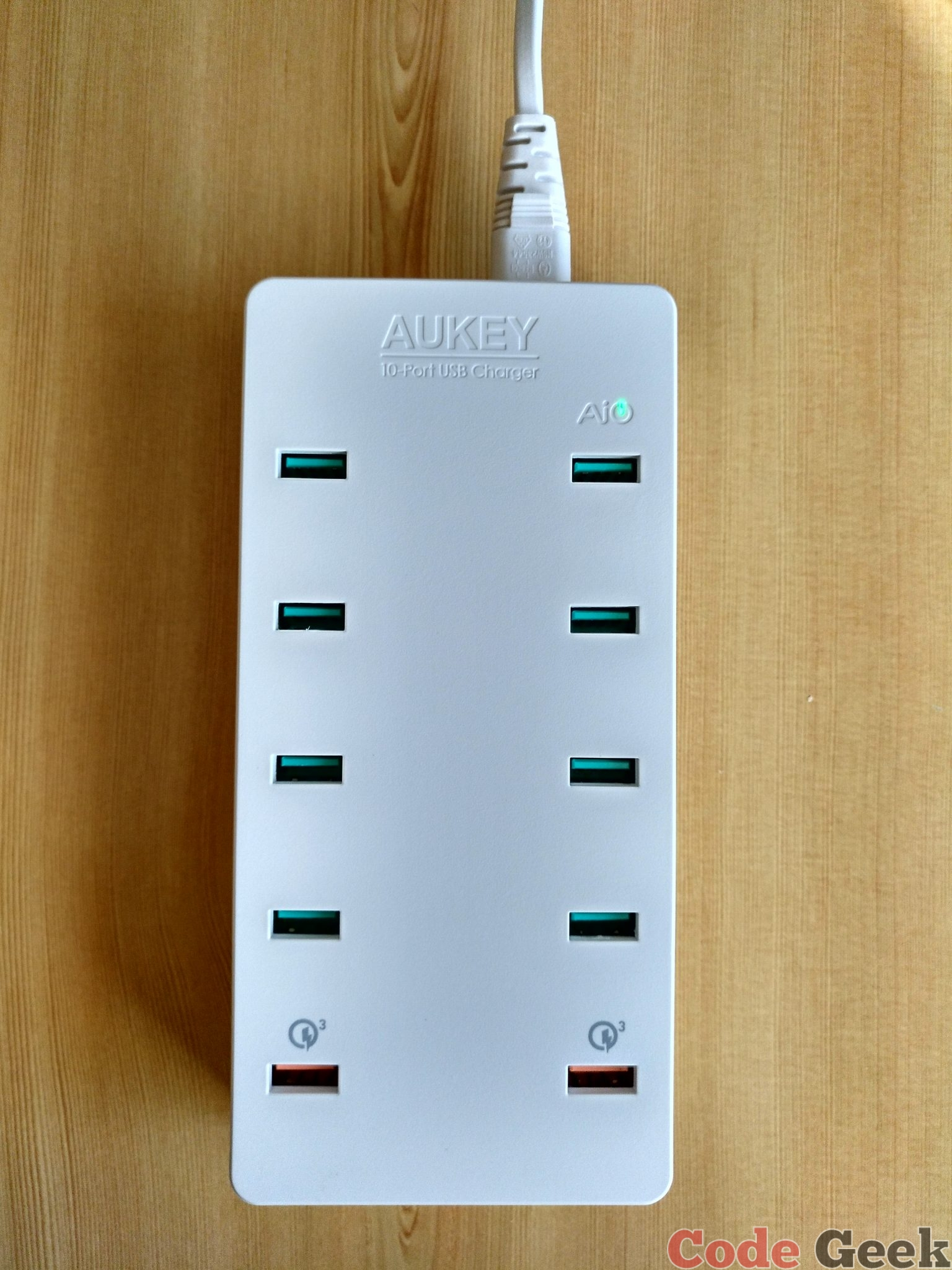 AUKEY - PA-T8 - Cargador Quick Charge 3.0 con 10 puertos USB