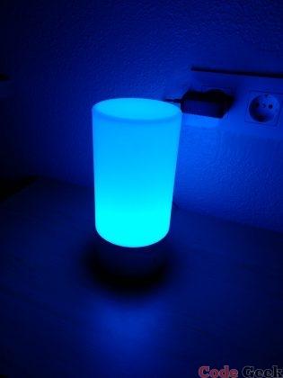 AUKEY Touch Control LED Lamp Review en Español