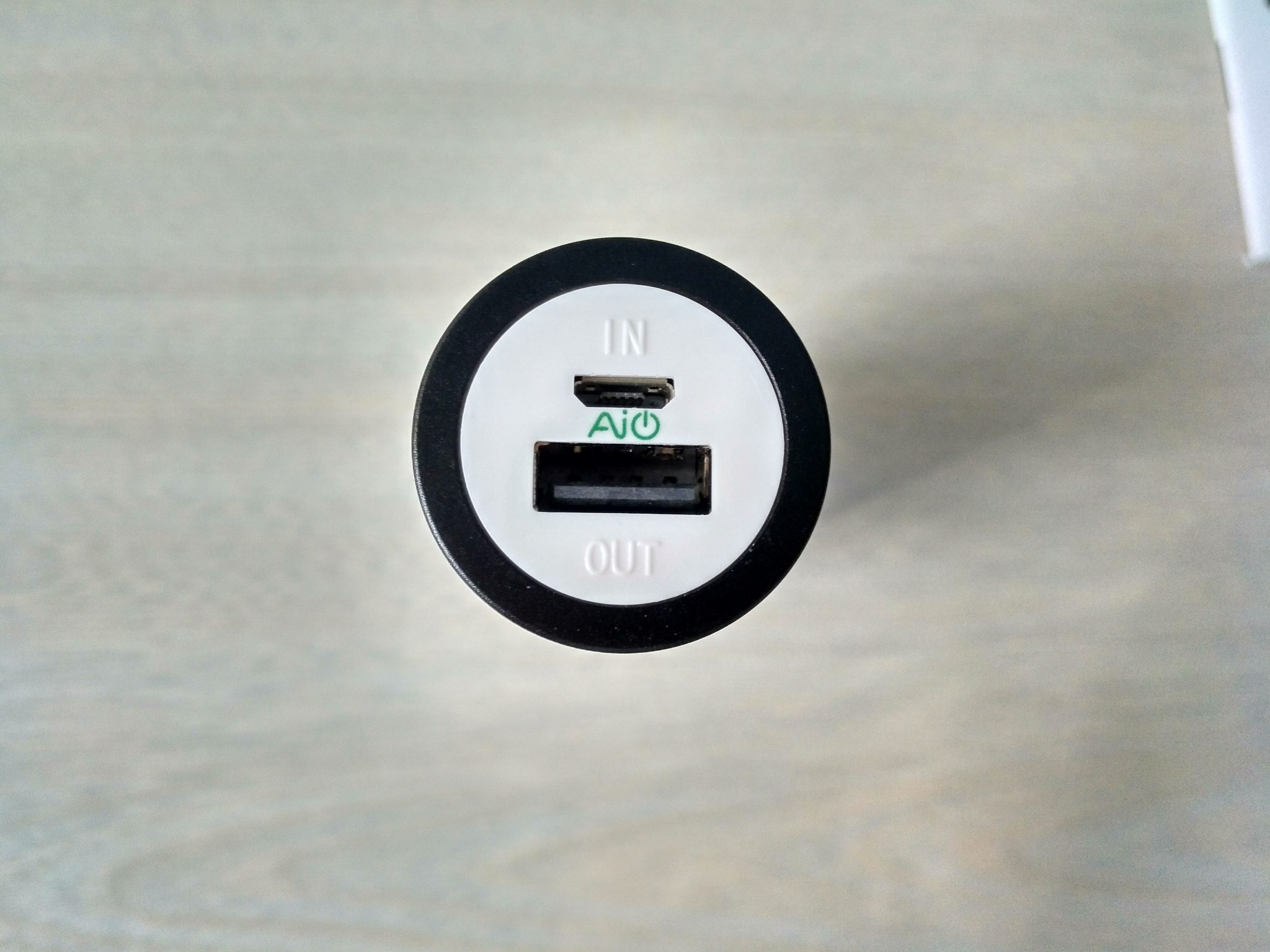Mini Cargador portátil de 5000 mAh de AUKEY