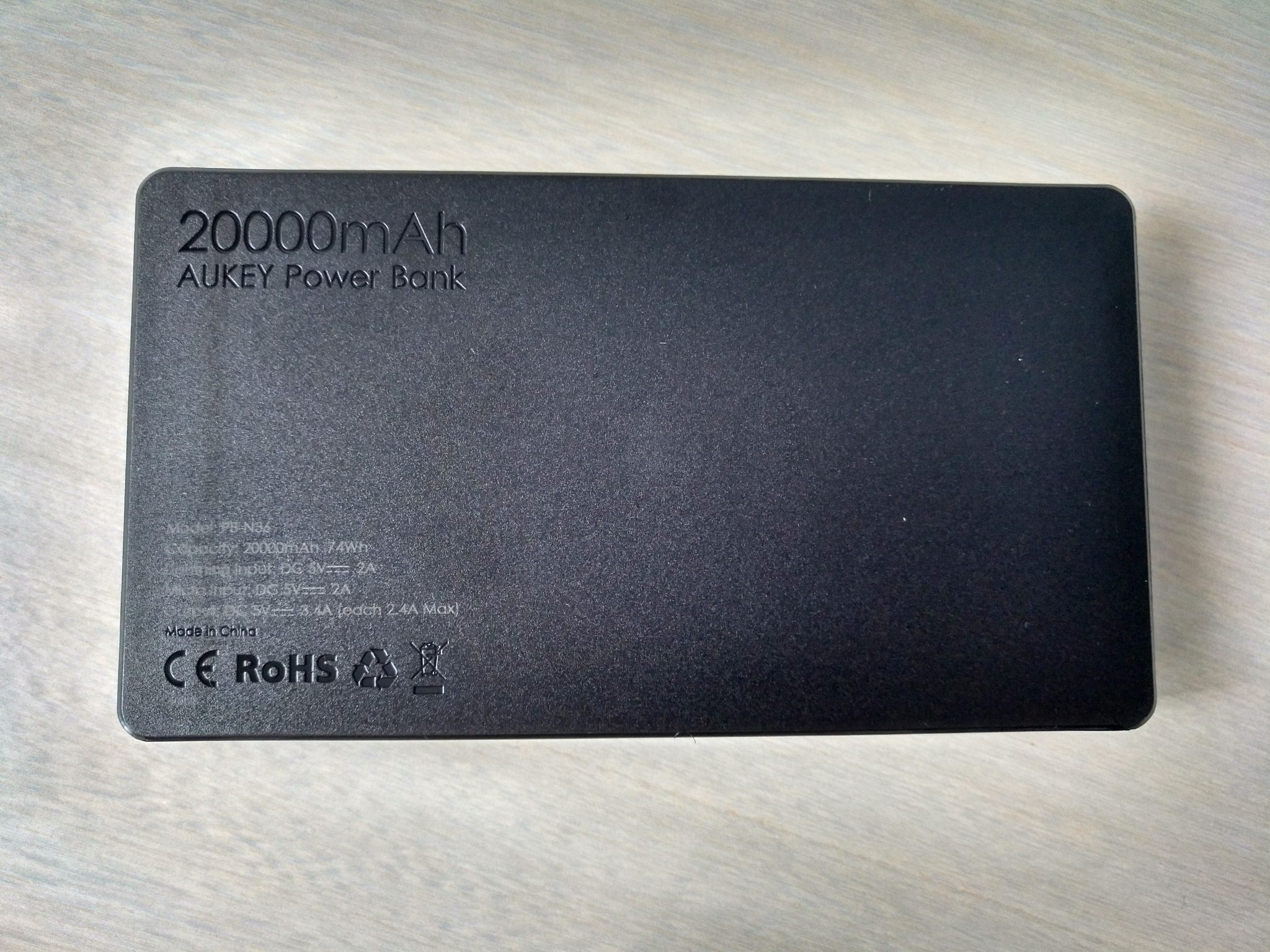 AUKEY Batería Externa 20000mAh Power Bank