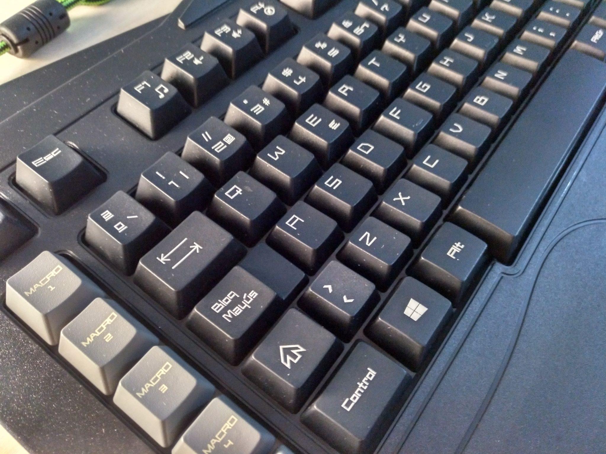 TECLADO GAMING KEEP OUT F89PT Review en Español